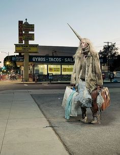 Urban Legend – 40 Photographies de Jean Yves Lemoigne #unicorn #licorne