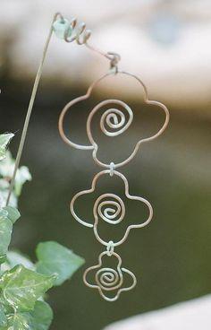 Garden Flower Wire Art by stitchnest on Etsy, $6.50
