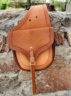Western Saddlebags - custom leather saddlebags by David LaFlair Leather Saddle Bags, Leather Books, Leather Tooling, Leather Purses, Leather Wallet, Leather Projects, Leather Crafts, Cowboy Gear, Leather Company
