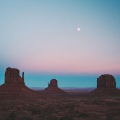m beyond excited to be in the High Sierra's this week, I'm already dreaming of my next desert adventure. Photo by 🌵 Desert Dream, Desert Life, Desert Aesthetic, Adventure Is Out There, Vaporwave, Oh The Places You'll Go, Beautiful World, The Great Outdoors, Monument Valley