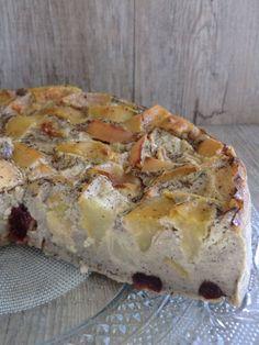Clafoutis pommes-poire-cranberries à la farine de sarrasin sans gluten ni lactose