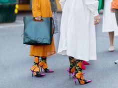 Modemädchen lieben sie: die floralen Sockboots von Balenciaga