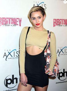"""Miley Cyrus au nouveau spectacle de Britney Spears """"Britney : Piece of Me"""" a Las Vegas Le 27 decembre 2013"""