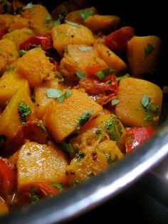 "Courge Butternut à l'indienne .................. #GlobeTripper® | https://www.globe-tripper.com | ""Home-made Hospitality"""