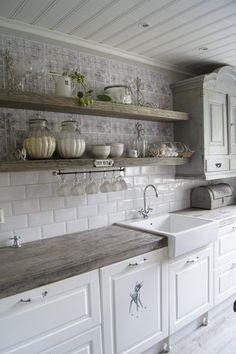 Ambrosial Small kitchen cabinets online shopping,Kitchen design layout dimensions and Cost of kitchen remodel layout. Fancy Kitchens, Modern Farmhouse Kitchens, Farmhouse Kitchen Decor, Home Kitchens, Farmhouse Ideas, Kitchen Modern, Kitchen Interior, Colonial Kitchen, Cottage Farmhouse