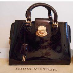 Tip: Louis Vuitton Handbag (Purple)