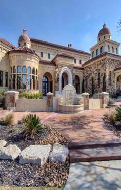 Luxury homes and Estates@Luxurydotcom Via Houzz