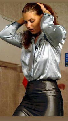 Satin Skirt, Satin Dresses, Satin Underwear, Satin Bluse, Black Leather Skirts, Silk Slip, Sexy Older Women, White Satin, Leather Fashion