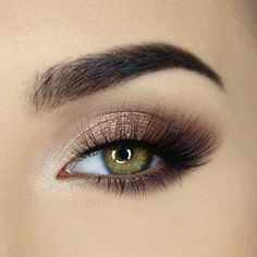 Mq style your daily girlboss outfit and news selected by mq 31 augen make up ideen fr blaue augen Daily Eye Makeup, Hazel Eye Makeup, Pretty Eye Makeup, Makeup Eye Looks, Eye Makeup Tips, Cute Makeup, Gorgeous Makeup, Skin Makeup, Eyeshadow Makeup