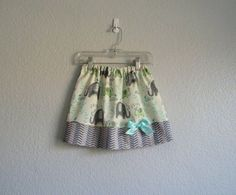 Girls Elephant Skirt - Grey, Green and Aqua - Chevron Stripes & Elephants - Back to School Outfit - Girls Fall Clothes - Sizes through 7 School Girl Outfit, Back To School Outfits, Grey And Beige, Green And Grey, Girls Fall Outfits, Girls Dresses, Little Girl Skirts, Girl Falling