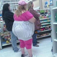 New part of photos of funny and strange people in WalMart. Previous parts: People Of WalMart. Part 1 pics) People Of WalMart. Part 2 pics) People of WalMart. Part 3 pics) Peopl People Of Walmart, Only At Walmart, Walmart Humor, Walmart Shoppers, Funny Walmart Pictures, Funny People Pictures, Walmart Pics, Walmart Outfits, Fail Pictures