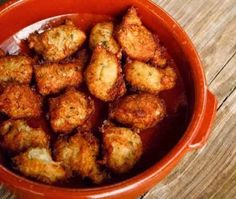 Crab Fritter Recipe Crab Fritters are a gastronomical delight and a very easy dish to prepare. Crab Dishes, Seafood Dishes, Fish And Seafood, Seafood Recipes, Appetizer Recipes, Appetizers, Asparagus Soup, Fresh Asparagus, Crab Fritters Recipe