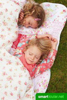 Mit diesen Tricks schläfst du auch in heißen Nächten gut - ganz ohne Klimaanlage