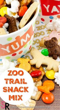 Zoo Trail Mix - Meals & Snacks for Kids - Studentenfutter Snacks Für Party, Lunch Snacks, Clean Eating Snacks, Kid Snacks, Animal Snacks, Lunches, Kids Snack Mix, Ocean Snacks, Picnic Snacks