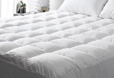 A latex foam mattress topper is distinguished from various other sorts of foam bed mattress toppers given that it is made from natural materials. Hotel Mattress, Pillow Top Mattress, Best Mattress, Mattress Covers, Fluffy Bedding, Duvet Bedding, Bedding Sets, Bed Sets, Affordable Mattress