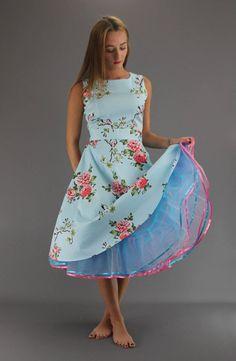 6 Layer Rainbow Net Petticoat - Choose From 28 Colours - - Cute Fashion, Vintage Fashion, Fifties Fashion, Edwardian Fashion, Vintage Style, Satin Dresses, Flapper Dresses, Feminine Style, Feminine Fashion