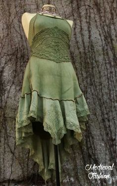 Medieval fashion.