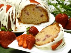 Beautiful to the eye, tasty on the lips, and easy to make.: Fresh Strawberry Cake Recipe