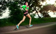 12 Marathon Training Tips for Time-Crunched Runners - Women's Running Interval Running, Running Workouts, Running Tips, Running Women, Interval Workouts, Running Training, Senior Fitness, Fitness Tips, Fitness Routines
