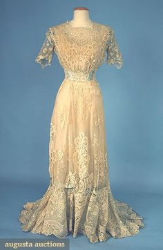 LACE TEA GOWN, c. 1908 Go Back Lot: 679 April 2006 Vintage Clothing & Textile Auction New Hope, PA Brussels applique lace trimmed w/ pale blue silk satin ribbons & bows, lined in cream silk satin, B W H L (brown stains near hem & on lower bow) excellent. Edwardian Clothing, Edwardian Dress, Antique Clothing, Edwardian Era, Historical Clothing, 1900s Fashion, Edwardian Fashion, Vintage Fashion, Vintage Style