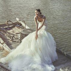 Pure opulence with Huang Zoo on her wedding day wearing @galialahav's Pachouli gown #GaliaLahav #luxury #luxuryweddings #designer #love #romance #weddingday #weddinginspiration #weddingplanning #bride #bridetobe #futuremrs #designer #igersworldwide #Stric