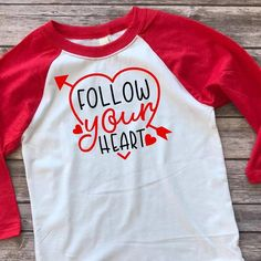 Valentines Day Shirts, Valentines For Kids, Diy Valentine's Shirts, Baseball Shirts, Valentine Decorations, Trending Outfits, Heat Transfer, Tees, Mens Tops