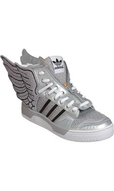 Adidas by Jeremy Scott - wing trainers Jeremy Scott Wings, Jeremy Scott Adidas, Scott Kelly, Sneaker Games, Nike Air Force Ones, Sneaker Boots, Adidas Women, High Tops, Men's Shoes