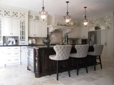 Two-tone kitchens and Glazed kitchens - transitional - kitchen - toronto - Signature Custom Cabinets https://www.facebook.com/SignatureCustomCabinets http://www.signaturecustomcabinets.com/