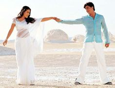 Love Bollywood movies, never been to India but    Picture it just like the movies, beautiful colors, clothes:-)