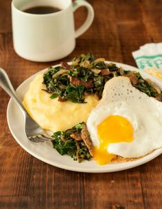 Recipe: Fried Eggs & Collard Greens over Polenta — Breakfast Recipes from The Kitchn Polenta Breakfast, Breakfast Dishes, Breakfast Recipes, Breakfast Ideas, Unique Recipes, Other Recipes, Ethnic Recipes, Slow Cooker Recipes, Cooking Recipes
