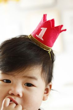 @shopsweetthings #baby #birthday #crown #kids #make #craft #birthday #Halloween
