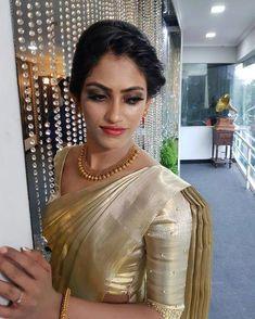 engagement dress for groom indian kerala christian Kerala Wedding Saree, Wedding Saree Blouse, Kerala Bride, Wedding Sari, Saree Dress, Lehenga Skirt, Bridal Sarees, Engagement Dress For Groom, Engagement Saree