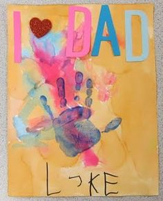Great fathers day craft for fans with young children!