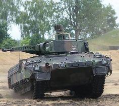 Puma Ifv, Arm Armor, Battle Tank, World Of Tanks, German Army, Mans World, Modern Warfare, Armored Vehicles, War Machine