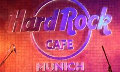 Eat at Hard Rock Cafe Munich #hrc #hardrockcafemunich #munich