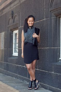 Maria Nguyen is so cute! I love the entire thing, especially the big huge clutch.