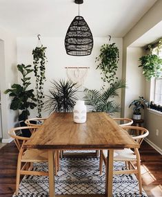 Home Decor Diy Gorgeous 20 Unordinary Dining Room Design Ideas With Bohemian Style.Home Decor Diy Gorgeous 20 Unordinary Dining Room Design Ideas With Bohemian Style. Dining Room Inspiration, Home Decor Inspiration, Furniture Inspiration, Decor Scandinavian, Style Deco, Dining Room Design, Dining Rooms, Dining Decor, Dining Room Table