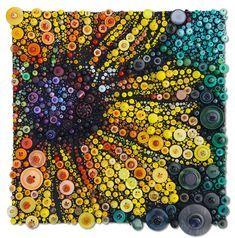 Button Art Projects, Button Crafts, Diy Buttons, Vintage Buttons, Crafts With Buttons, Vintage Jewelry Crafts, Jewelry Art, Bottle Cap Art, Button Picture