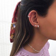 Ear Piercings Chart, Pretty Ear Piercings, Ear Peircings, Ear Piercings Helix, Bijoux Piercing Septum, Piercing Tattoo, Ear Jewelry, Cute Jewelry, Ear Piercing Combinations