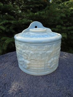 Blue and White Stoneware Salt Crock with Lid, Bauer Pottery of California