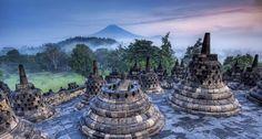 Ssuasana Di Candi Borobudur di siang hari