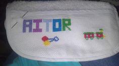 Babero para Aitor,hecho por Elena Argentó