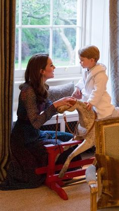 Duchess of Cambridge with Prince George. This toddler is more classy than any of us will ever be, and I'm not even mad about it.