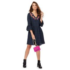A staple piece for creating chic weekend outfits, this dress from Red Herring has been made purely from cotton for a comfortable fit. Featuring a classic checked finish with pretty floral embroidery and feminine bell sleeves, it will team effortlessly with a pair of ankle boots for a relaxed yet stylish daytime profile.