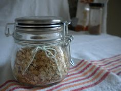 Homemade Maple and Brown Sugar Instant Oatmeal Mix - Treats With a Twist