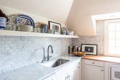love this kitchen Kitchen Cabinets, Home Decor, Decoration Home, Room Decor, Cabinets, Home Interior Design, Dressers, Home Decoration, Kitchen Cupboards