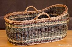 One of the more impressive willow baskets is the bassinet sometimes called a Moses basket. Some images of willow bassinets made by Katherine Lewis. Old Baskets, Baby Baskets, Woven Baskets, Willow Weaving, Basket Weaving, Square Baskets, Moses Basket, Baby Bassinet, Birch Bark