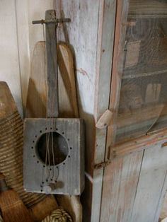 prim hand made banjo Primitive Furniture, Primitive Crafts, Banjo, Cello, Ukulele, Play That Funky Music, Music Crafts, Primitive Gatherings, Cigar Box Guitar