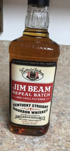 Jim Beam Repeal Batch Bourbon Drinks, Rye Whiskey, Bourbon Whiskey, Fun Drinks, Alcoholic Drinks, Beverages, Cocktails, Whiskey Brands, Best Bourbons