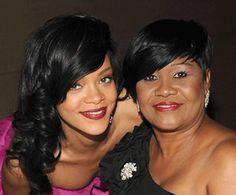 Rihanna-and-mother-Monica-ethnicity